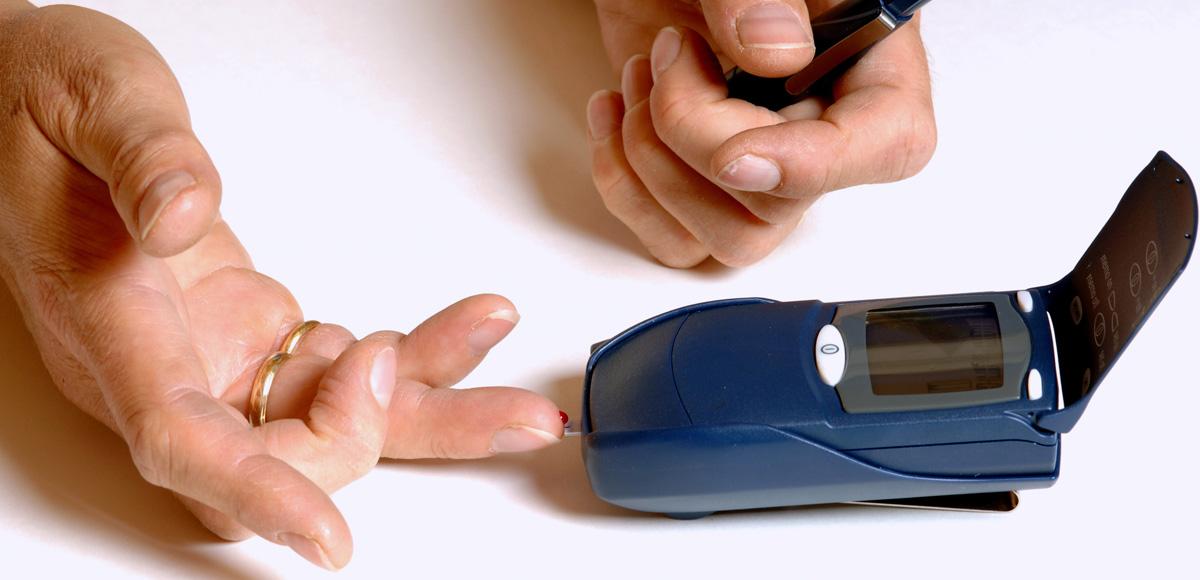 3g kwasów omega-3 hamuje rozwój insulinooporności tkanek, jednocześnie obniżając poziom trójglicerydów o37%.